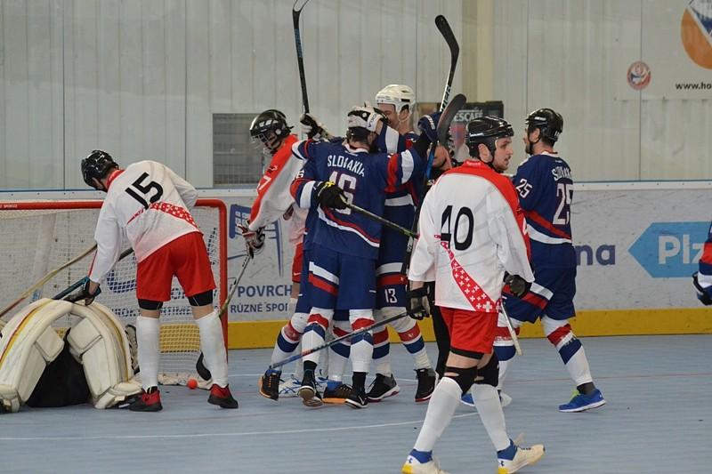 2507fefd854e7 Slováci otvorili turnaj v Plzni proti Švajčiarsku víťazstvom ...